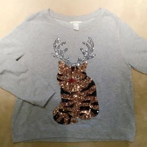 "Women's EUC ""cat-deer"" H&M sweatshirt/ size M"